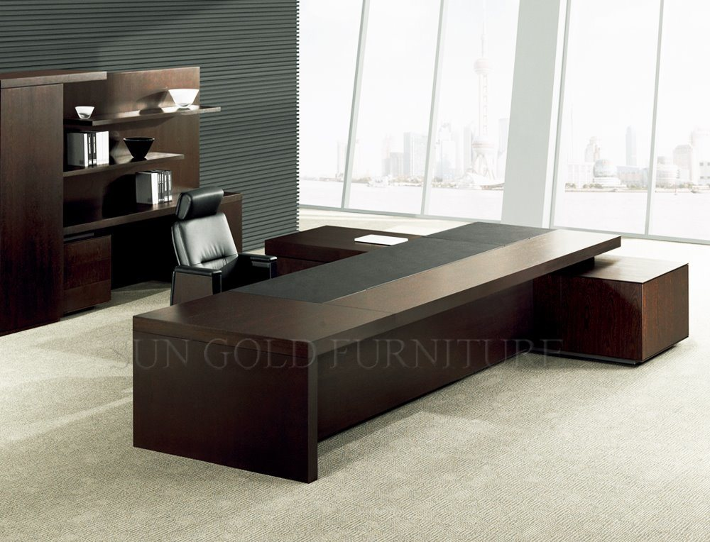 China Modern Design Luxury Office Desk Boss Table Wooden Furniture