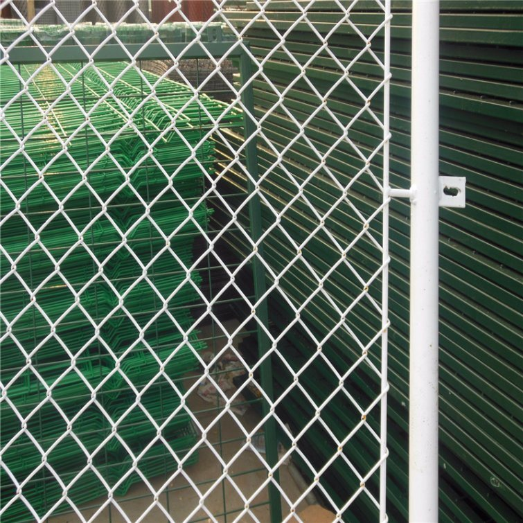 China Diamond Wire Mesh Fence for Project (hot dipped galvanized ...