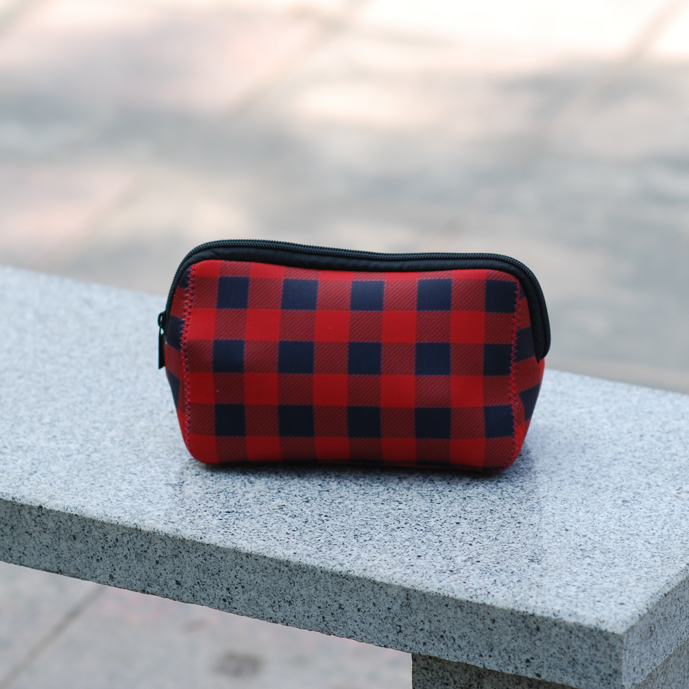 f9cbe037290 Triangle Christmas Check Cosmetic Case Neoprene Buffalo Plaid Makeup Bag  Women Accessories Hand Bag Free Shipping