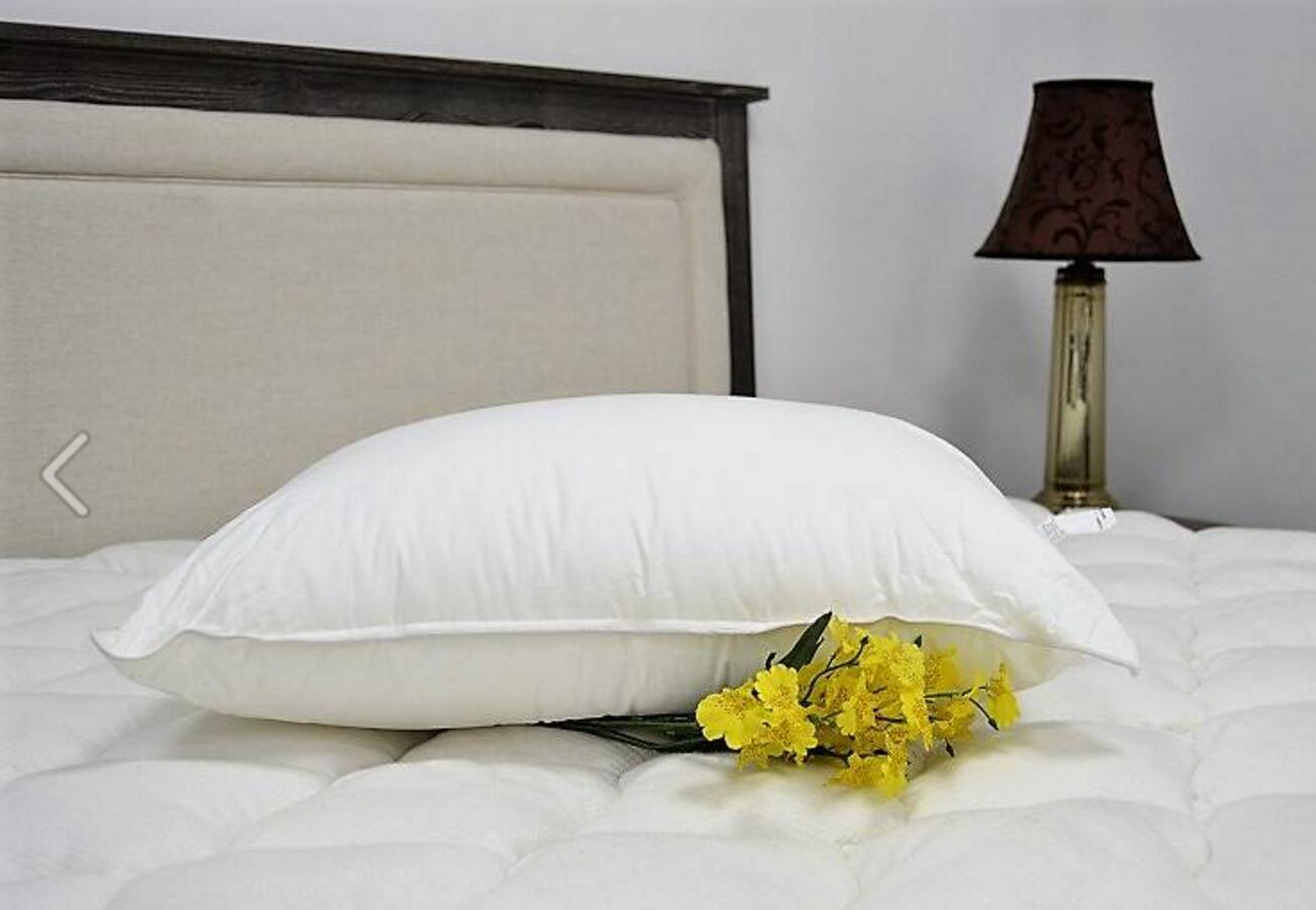 Home Textile White Goose Down Bed Sleeping Pillow pictures & photos