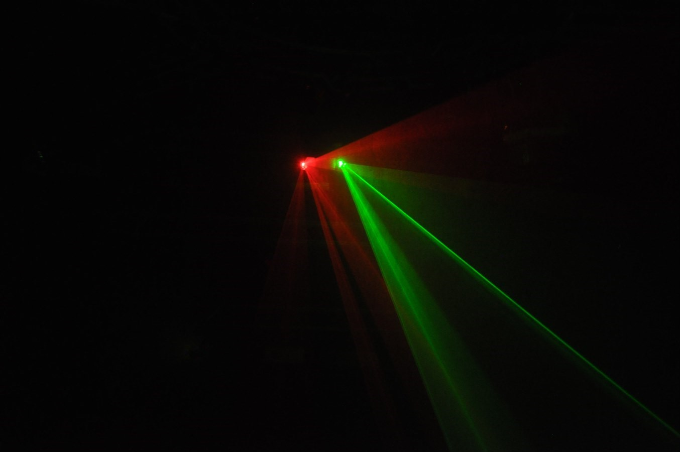Hot Selling DMX Double Head Red & Green Laser Light Projector pictures & photos