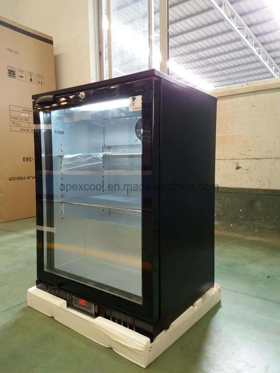 Single Glass Door Back Bar Cooler with Ce, CB, RoHS pictures & photos