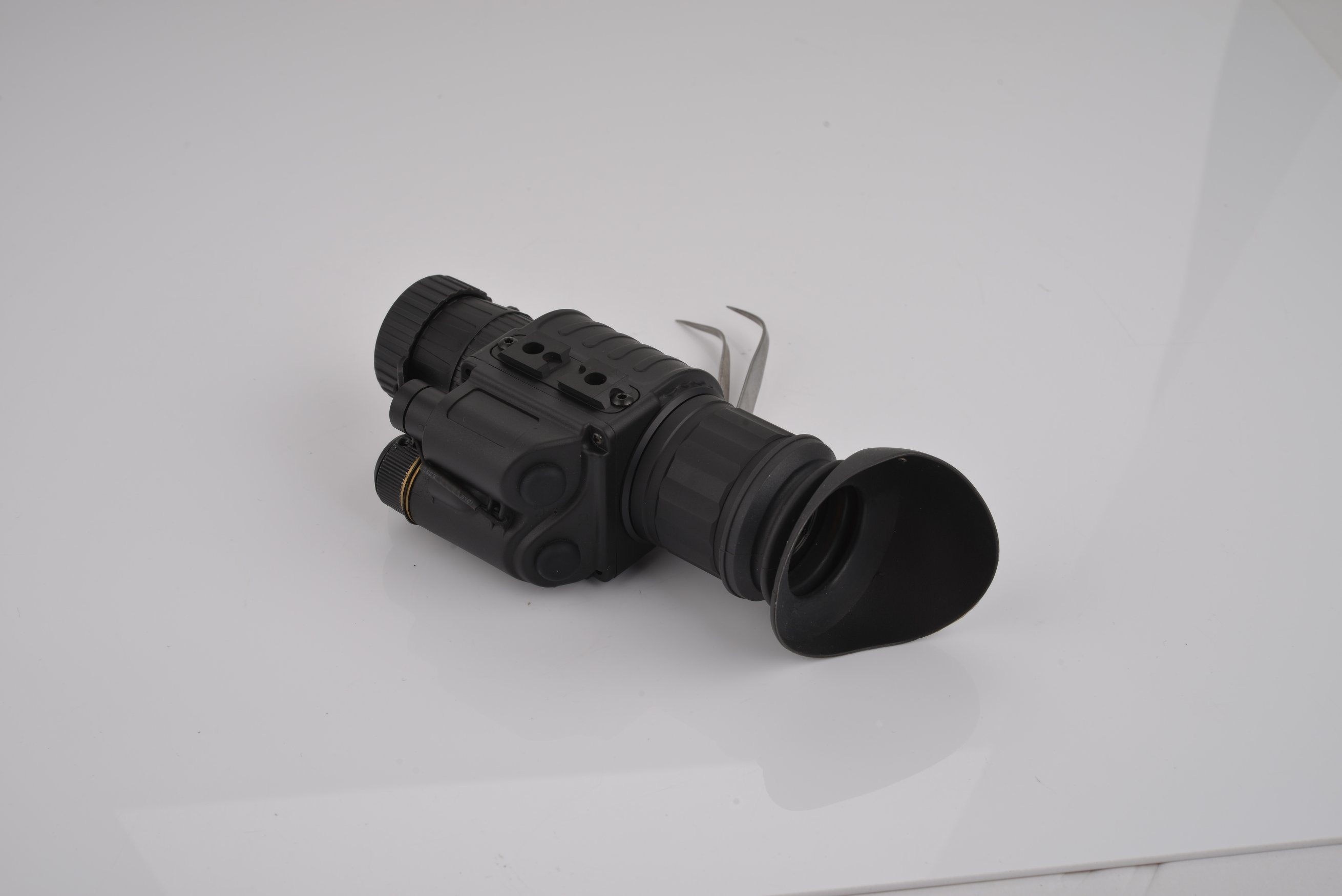 China gen ir high definition night vision monocular with lens