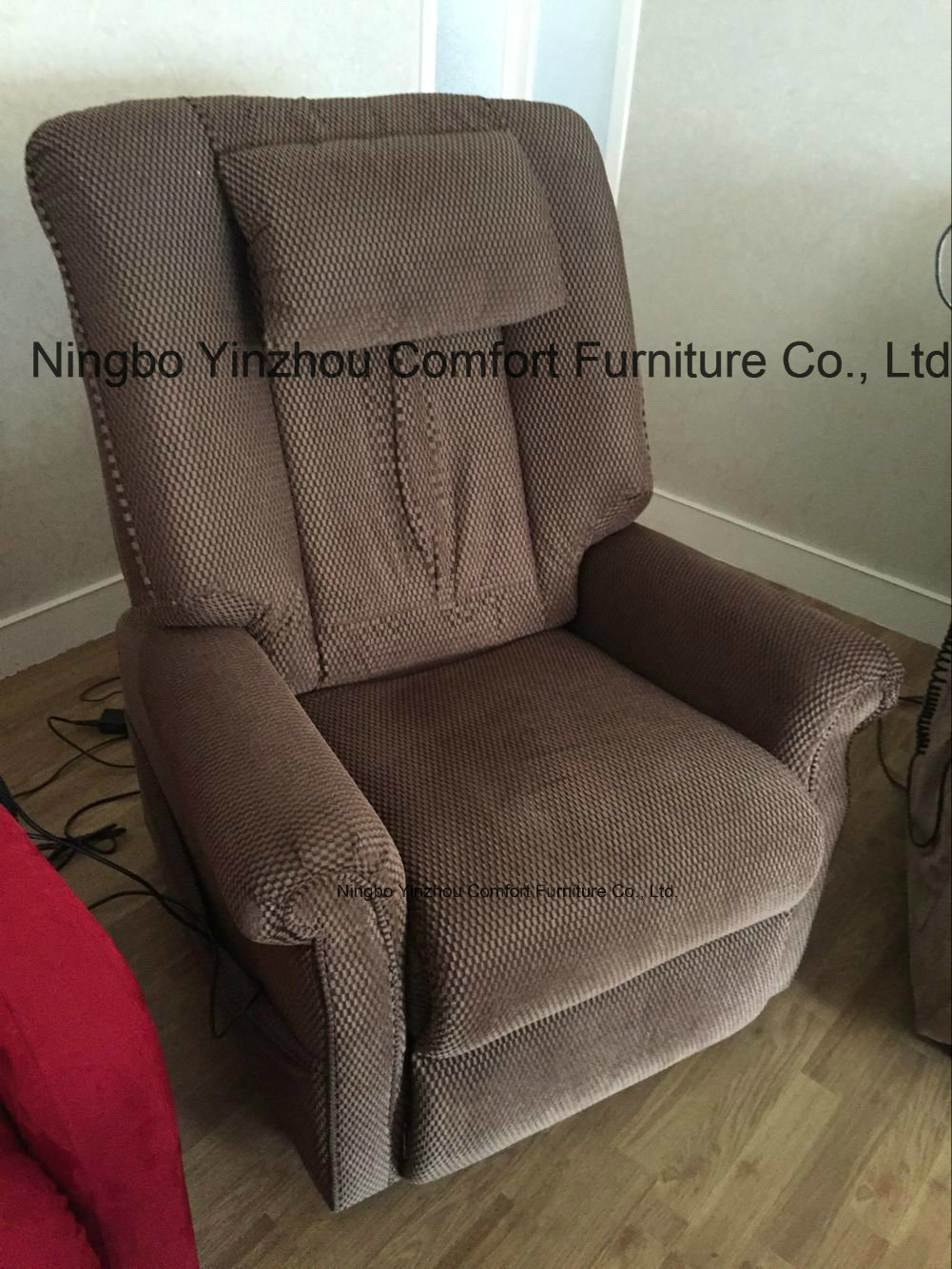 to Help Elder Stand up Two Single German Okin Motor Massage Lift Chair Recliner Electric Chair Sofa pictures & photos