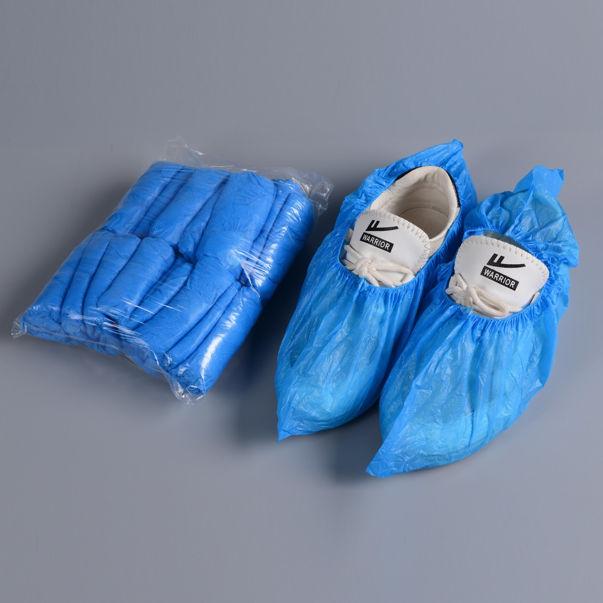 China Disposable Surgical Shoe Cover PE