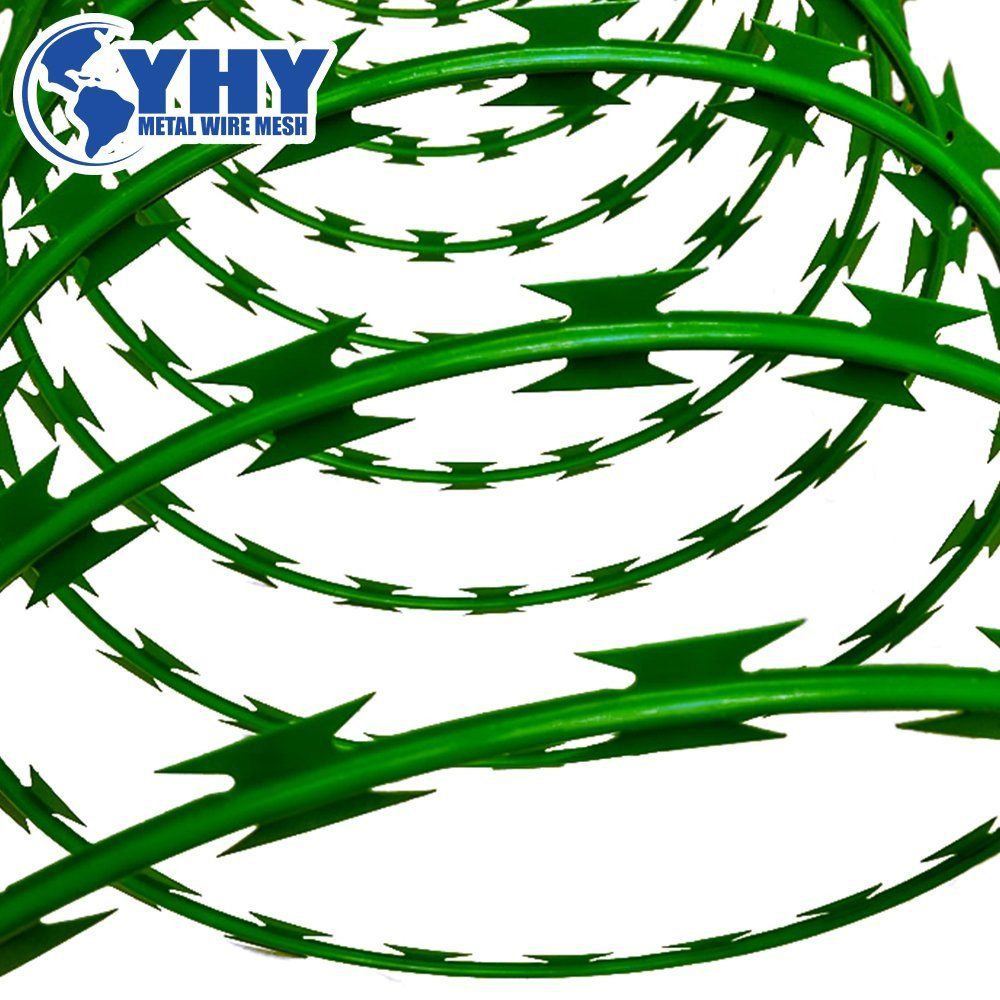 China Hot Dipped Galvanized Cross Type Bto22 Razor Barbed Wire Fence ...