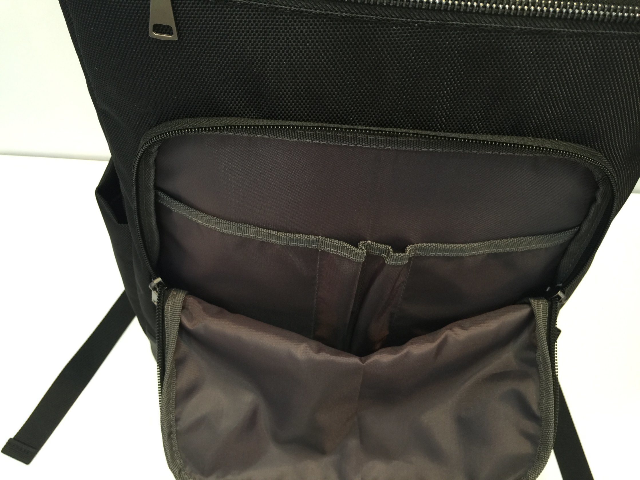 Polyester 1680d Double Shares / Flat Bottom Backpack for Work/School/Travling pictures & photos