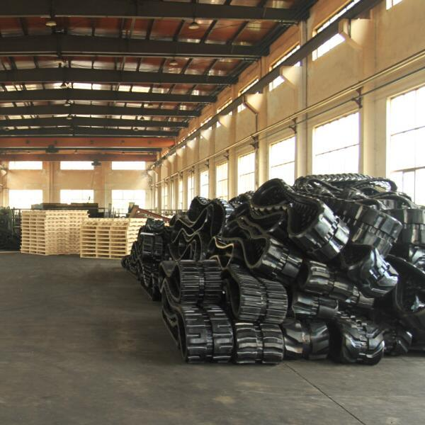 China Asv Paver Rubber Track (457X101 6X51) for Track Loader