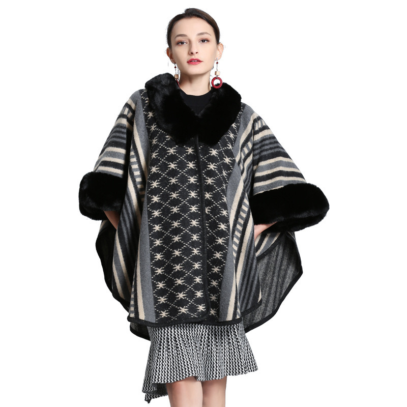 Fashionable Knitted Shawl with Fox Fur Collar Cloak pictures & photos
