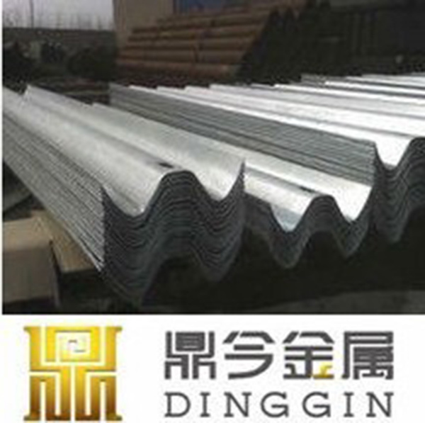 Highway Steel Galvanized Guardrails for Road Safety