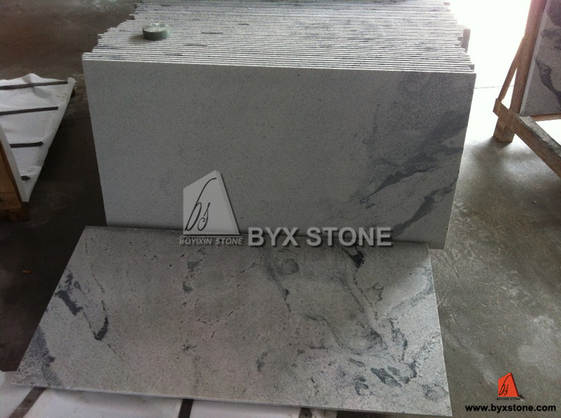 Natural White / Black / Yellow / Multicolor / Grey Granite for Tile, Slab pictures & photos