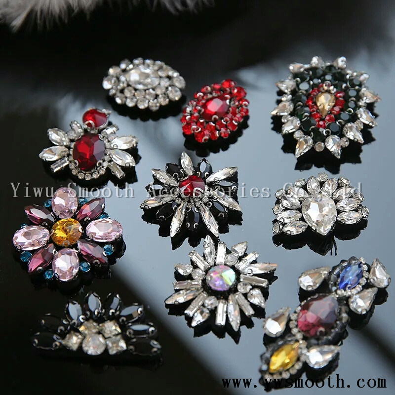 5d6b7885ee4e China Glass Drill Rhinestones Garment Accessories DIY Decoration Shoes  Patch Decals - China Garment Accessory