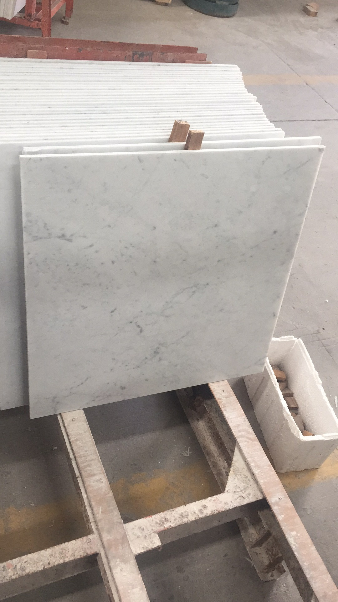 China Italian Marble Prices White Carrara Marble Flooring Tiles