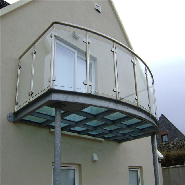 China Balcony Glass Railing Design Steel Post Glass Balustrade China 304 S S Balustrade