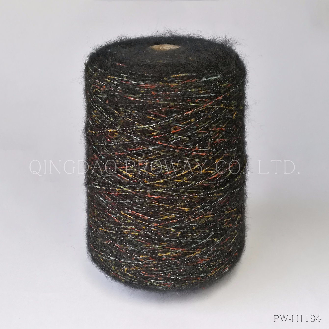 Mossy Yarn with a Core of Multi Colors in Acrylic/Polyester pictures & photos