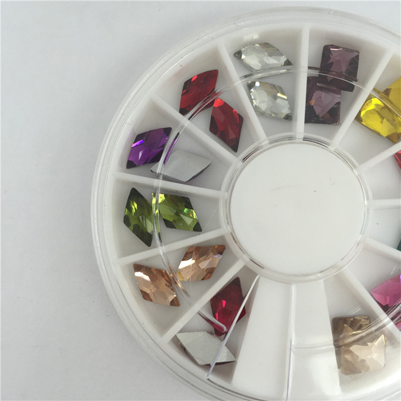China Hot Sale Nail Art Decoration Rhinestones 3D Glitter Charm Nail ...