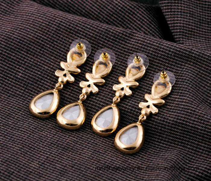 Wholesale High Quallity Fashion Water Drop Stud Earring Jewelry pictures & photos