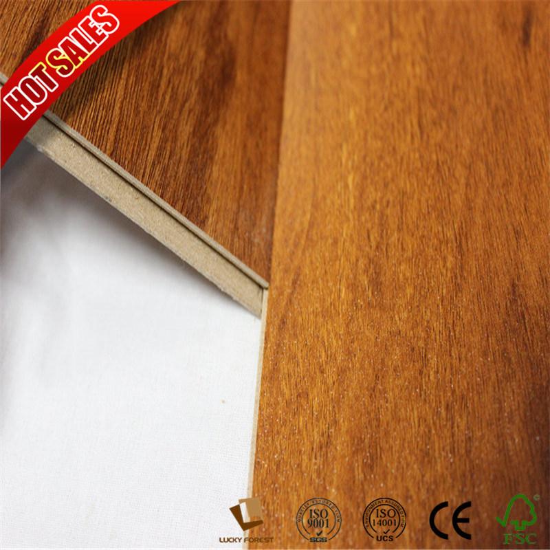 China Ac4 No Formaldehyde Golden Select Laminate Flooring With Beech Hardwood Building Material