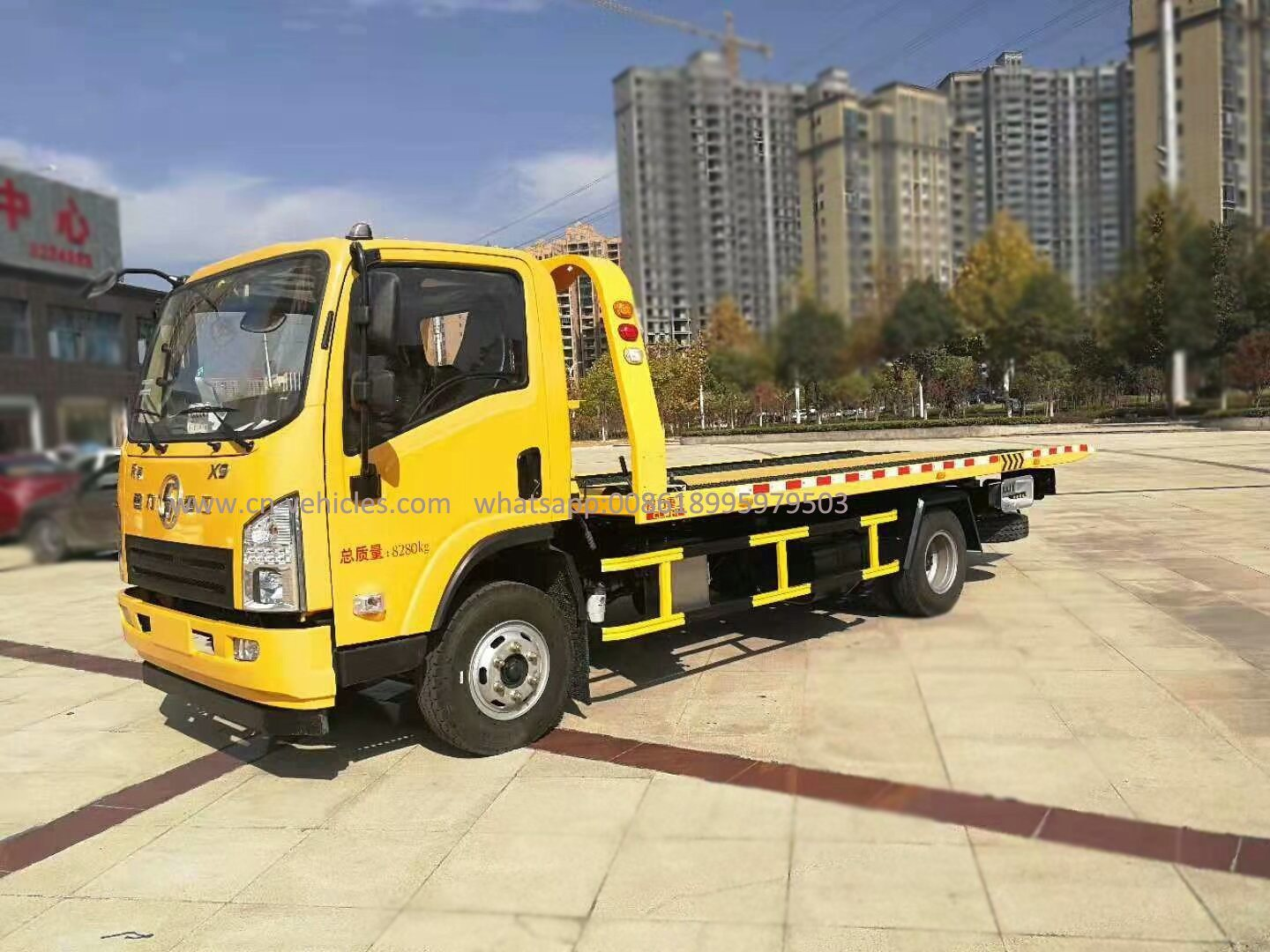 China Shacman 4 2 3 Ton Wrecker Towing Truck Car Carrier Rollback