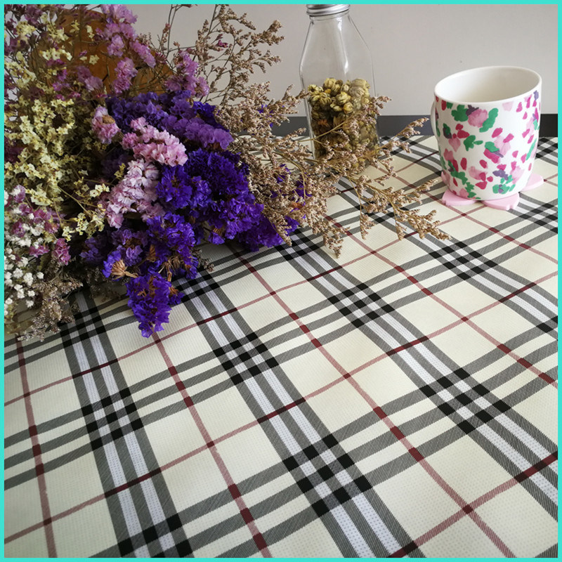 Manufacturer Cheap Customized Printed Nonwoven Table Cloth in Roll pictures & photos