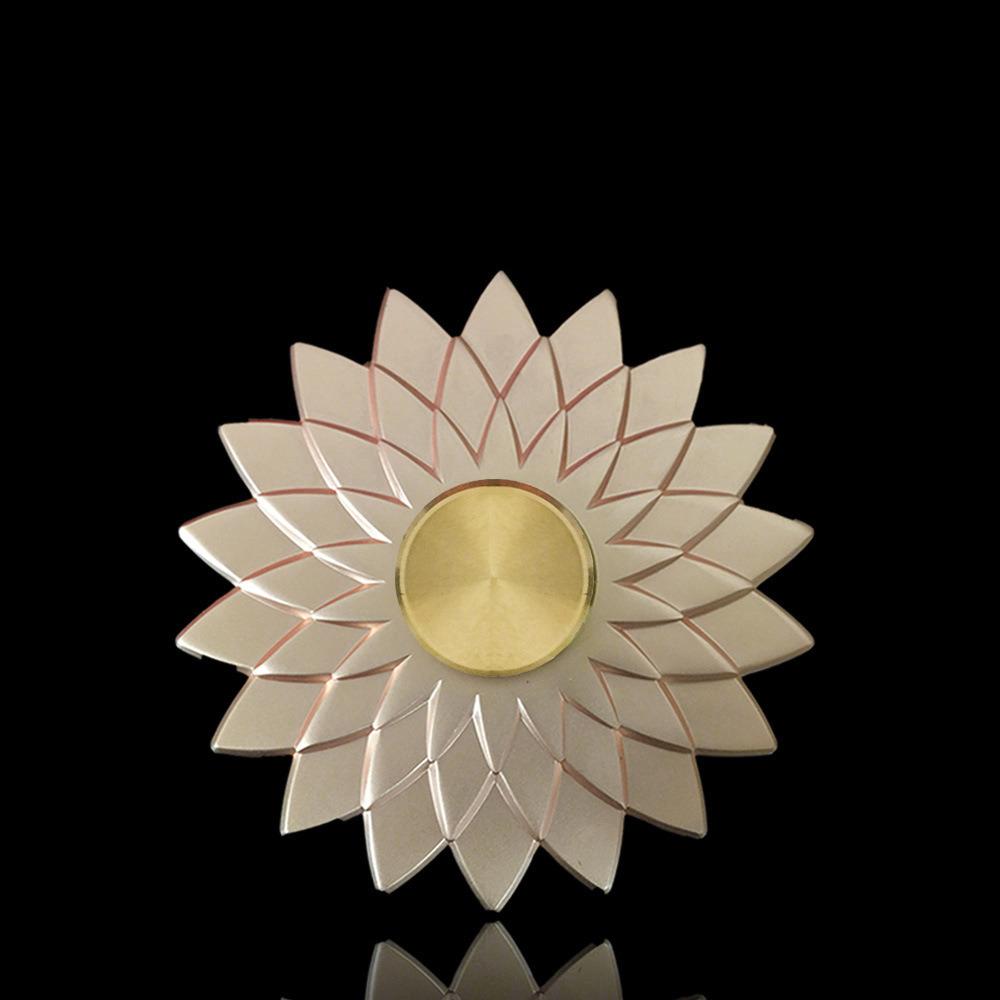 China Newest Lotus Flower Fidget Spinner Metal Finger Toys Edc Hand