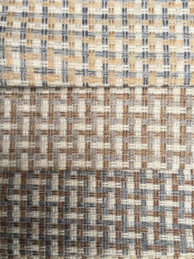 Hot Selling 1.6USD/M Polyester Fabric Grid Design Sofa Fabric (S001) pictures & photos