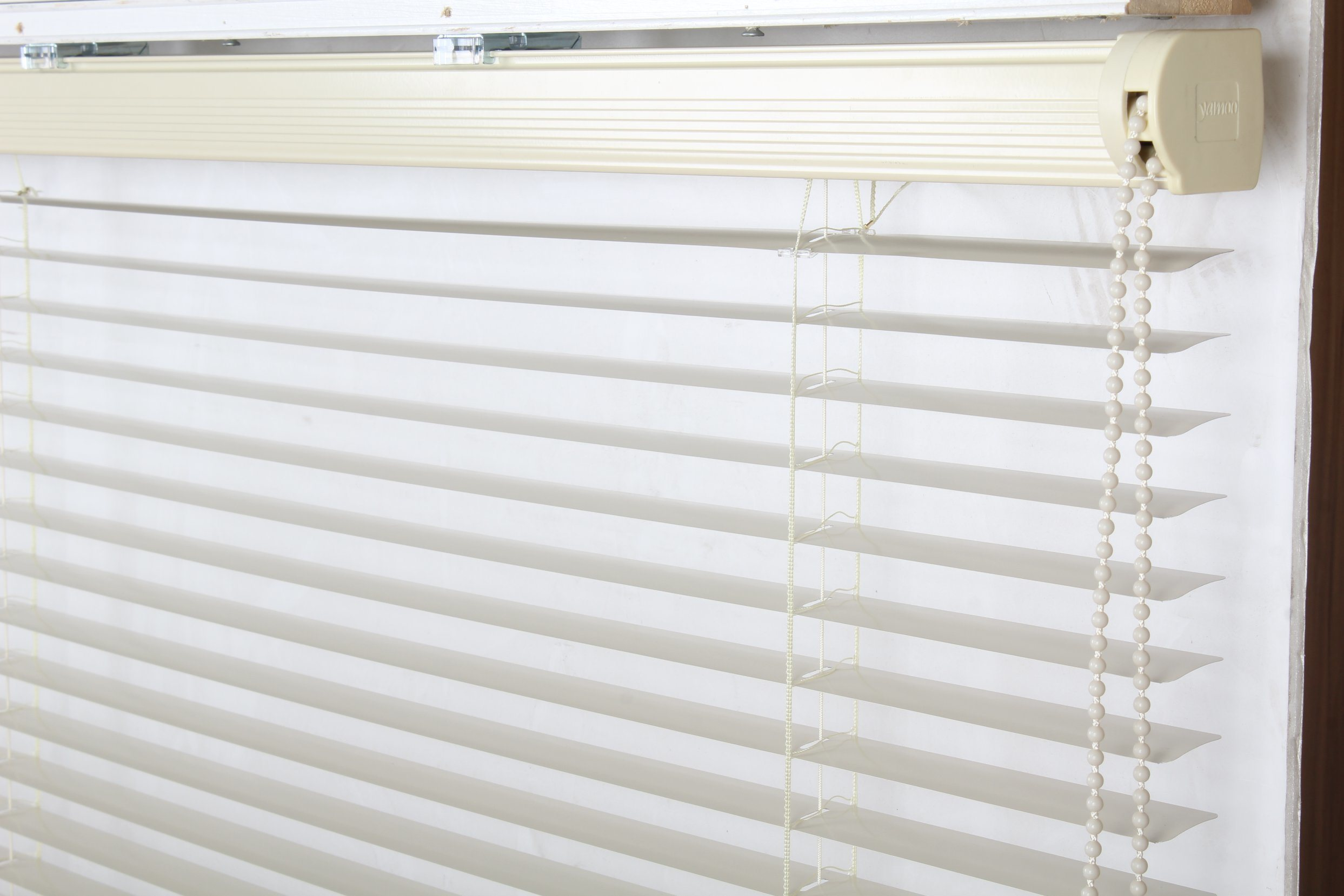inch and inspirations wood blinds in kitchen white faux