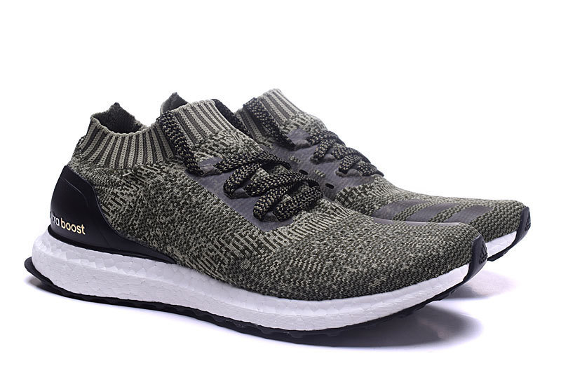 58f7efe8e84b China Beautiful and Cheaper Dark Green Color Ultra Boost Sports Shoes for  1  1 - China Ultra Shoes