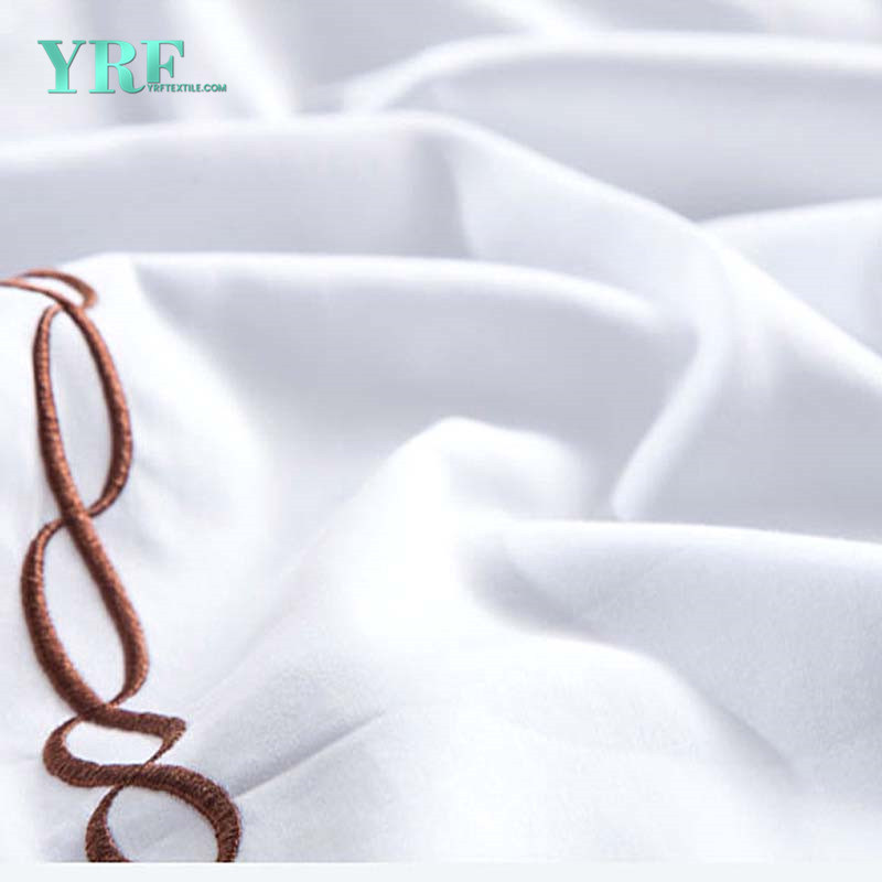 Hotel Red Embroidered Satin Luxury Bed Linen pictures & photos