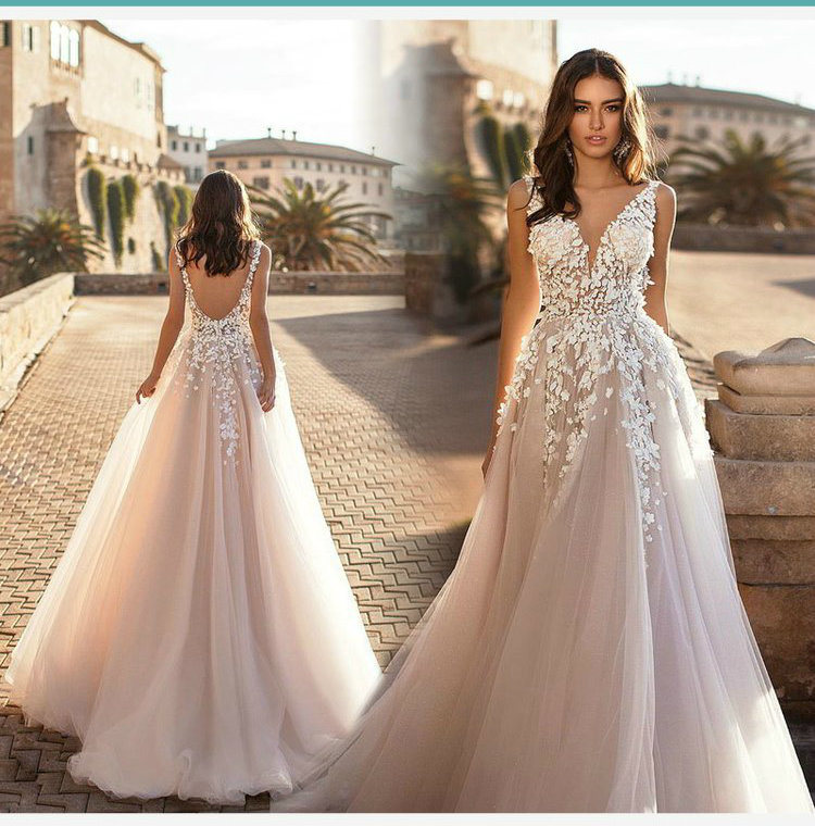 1ef1a0829e77 China Lace V-Neck Bridal Gown Champagne Blush Wedding Dresses Lb1723 ...