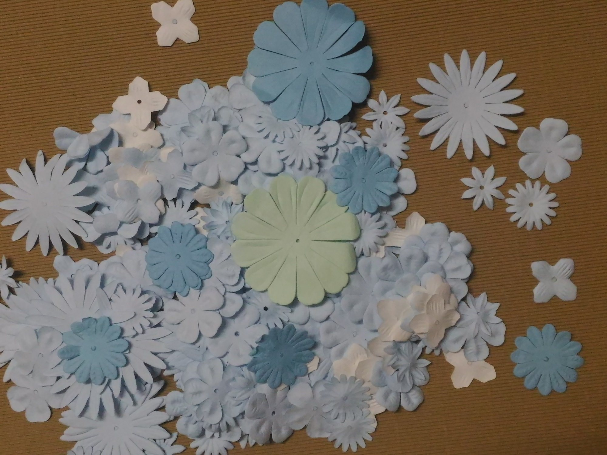China Colorful Paper Flower Brads For Diy Alubm Scrapbooking