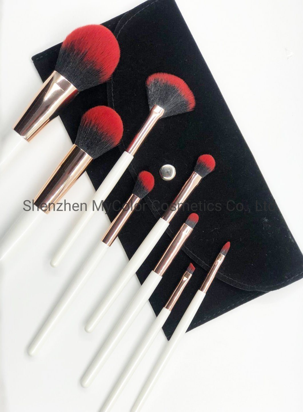 China Whole Private Logo Makeup