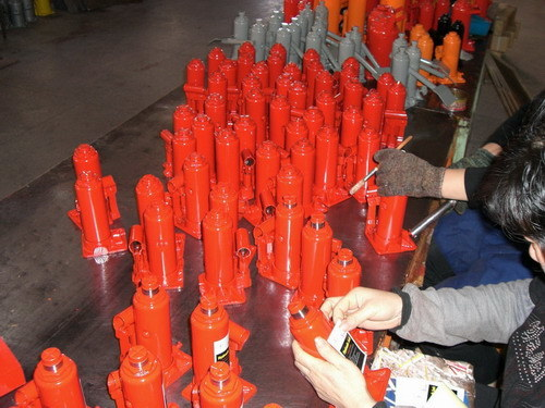 Hydraulic Bottle Jack (ZW0202) 2tons Lift Jack