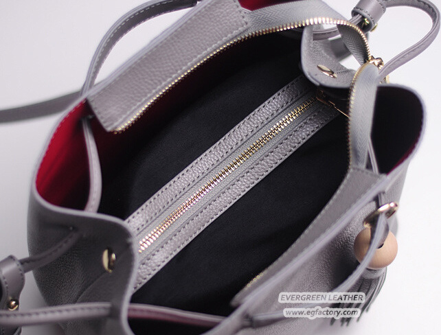 81e0c80ecd Newest Lady Satchel Hand Bags 100% Real Leather Woman Handbag with  Decorative Front Hanging Tassel Emg5007