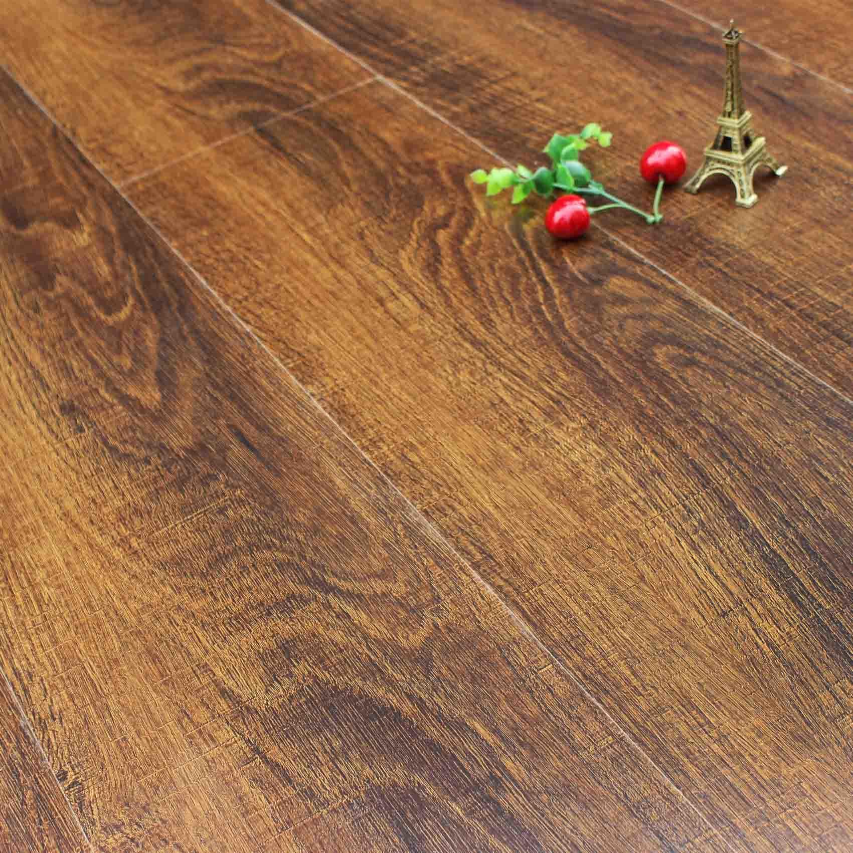 China Waxed Eir Deep Embossed Surface Laminate Wood Flooring Parquet
