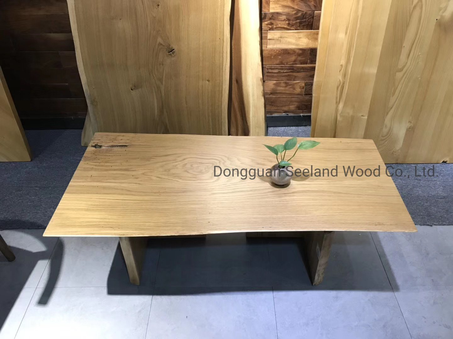 Solid Oak Wooden Round Table