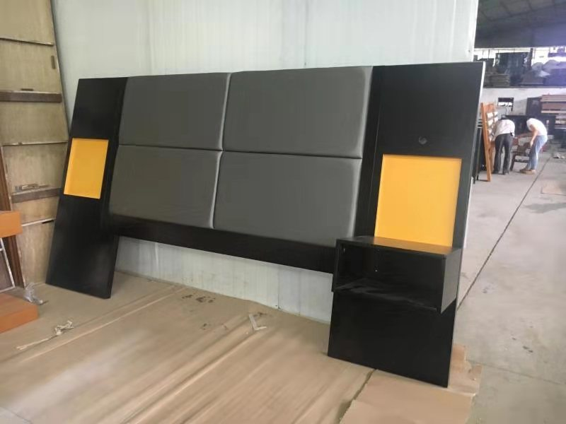 China Holiday Inn Hotel Bedroom Furniture Modern King Size Bed Wooden Headboard China Hotel Furniture