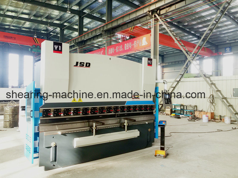 Jsd 100t Automatic Bending Machine with Delem Da52s CNC pictures & photos