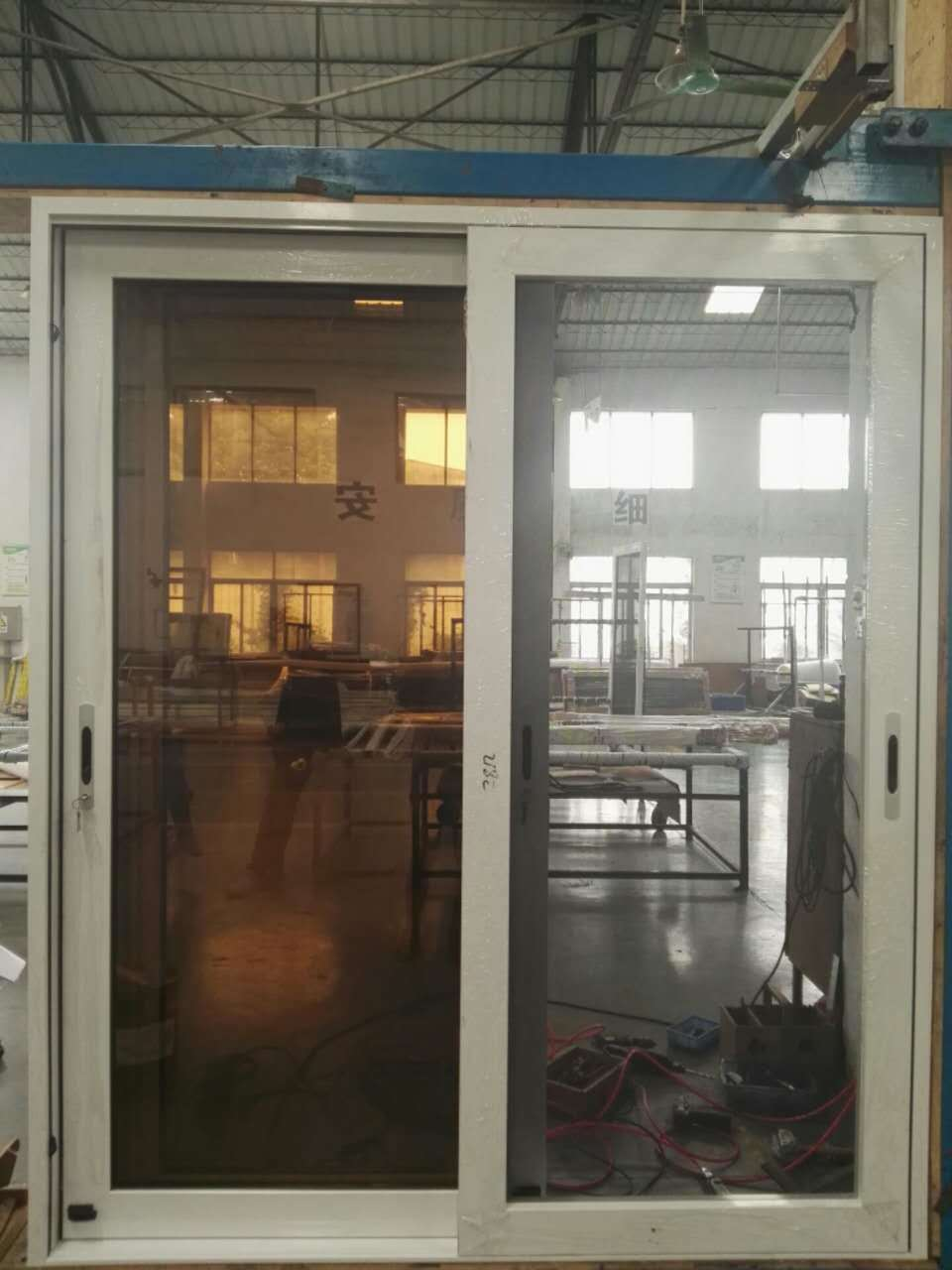 China Factory Sale Aluminum Sliding Glass Door With Stainless Steel