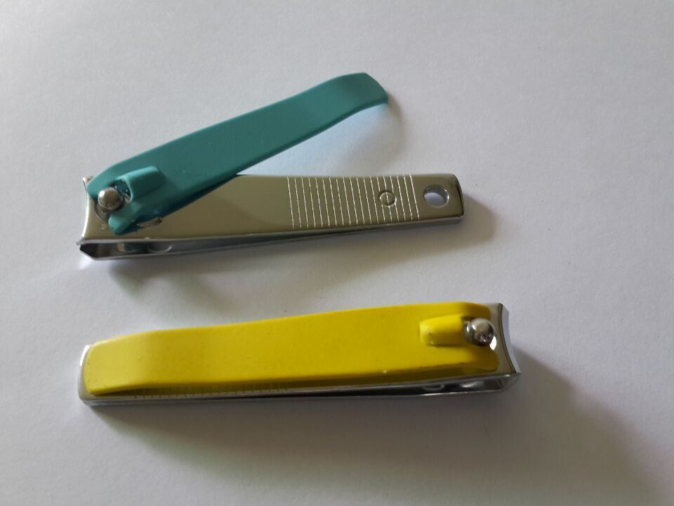 Rubber Grip 8.1cm Length Toenail Clipper in Carbon Steel Made