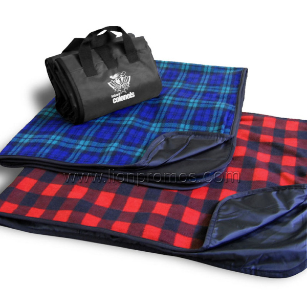 China Custom Picnic Blanket Waterproof