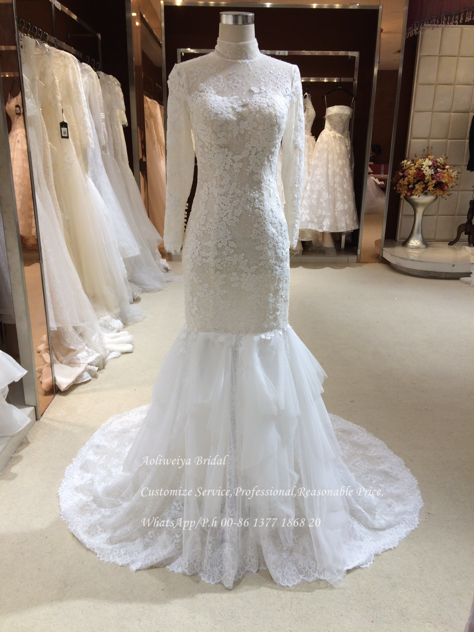 China Drop Waist High Neck Tulle Lace Wedding Gown - China Wedding ...