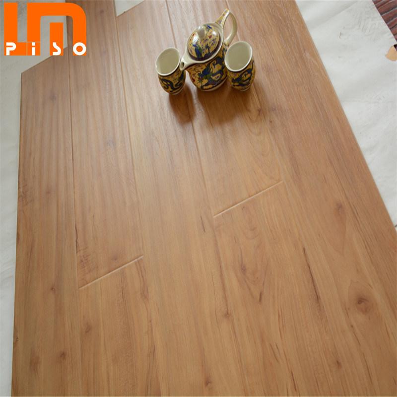 Ac3 Wood Laminate Flooring, Light Colored Laminate Flooring