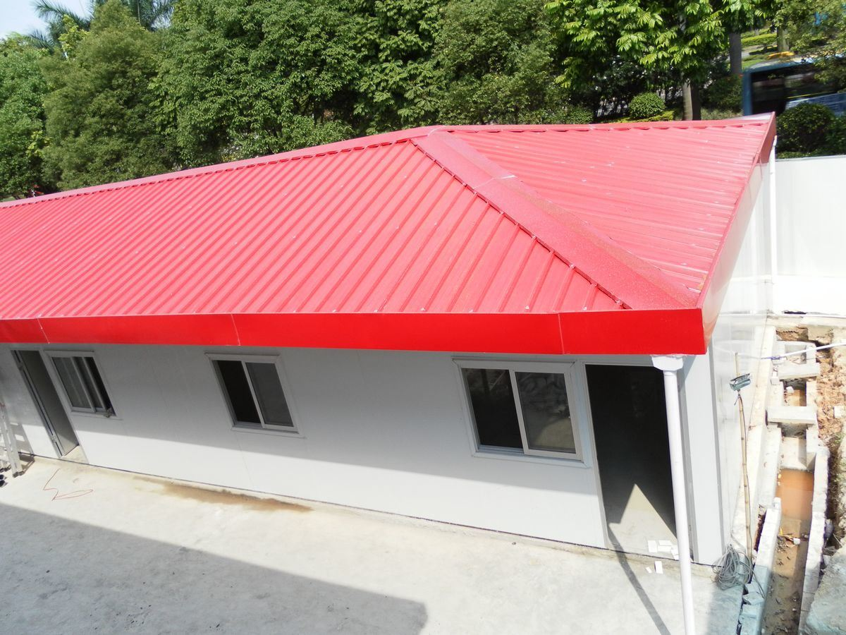 China Luxury Prefab House with Red Roof Color - China Prefabricated ...