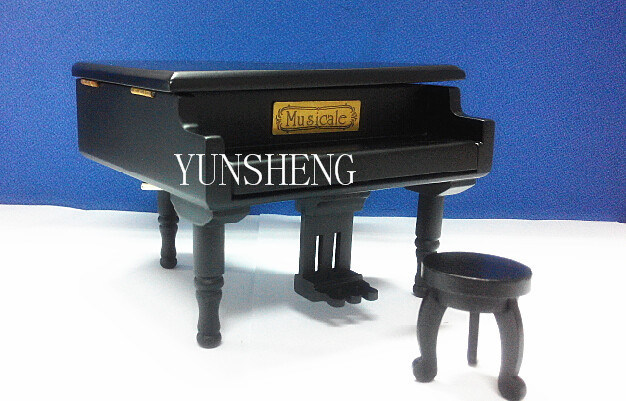 Pure Black Wooden Piano Musical Box Elegant Music Box for Birthday Gift (LP-31B) F