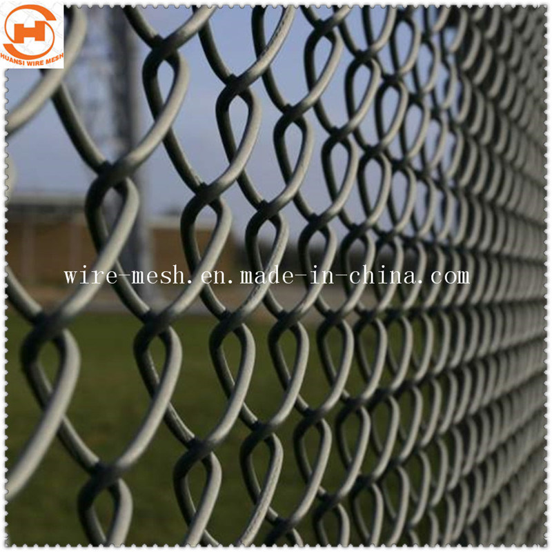 China Galvanized/PVC Coated Garden Fence/Diamond Wire Mesh Fence ...
