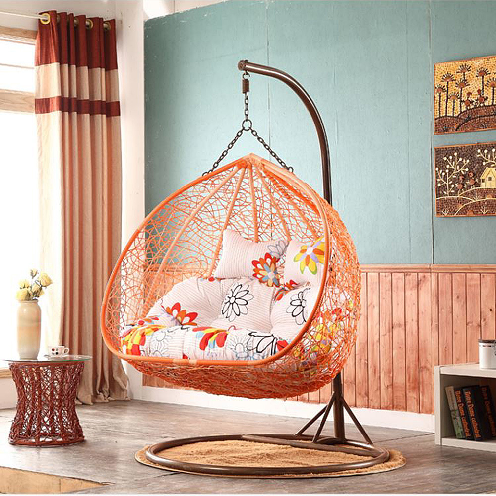 Outdoor Wicker/Rattan Egg Shape Furniture Garden Hanging Swing Chair pictures & photos