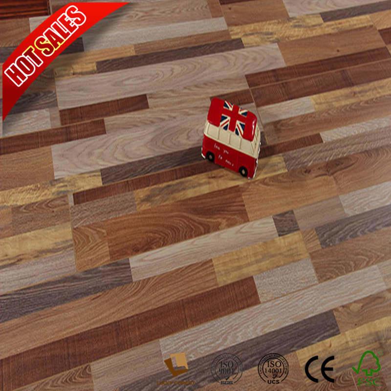 China 12mm Light Wood Laminate Flooring Rubber Hardwood Building Material