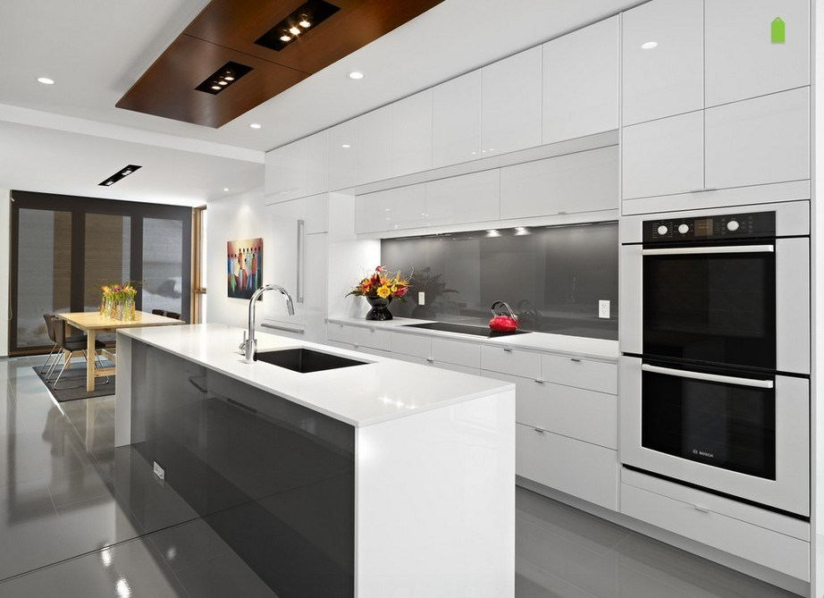 Modern Lacquer Kitchen Cabinets Furniture with Customed Design