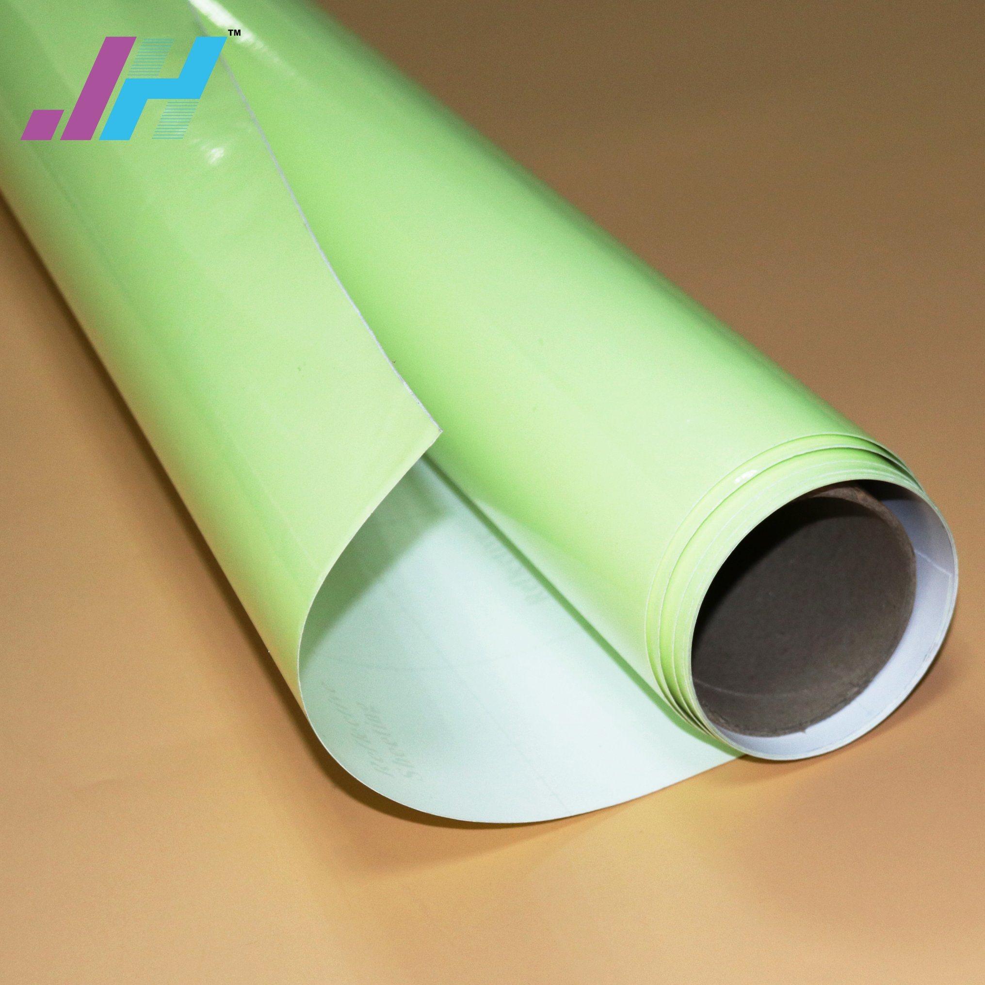 мощный пластик с фотолюминесцентным слоем участник вас заинтересовал